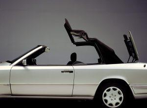 Mercedes-Benz E-Klasse-Cabriolet, Baureihe 124, Verdeck. ; Mercedes-Benz E-Klasse Cabriolet, 124 series;